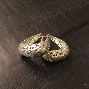 Jewelry - Sterling silver filigree earrings